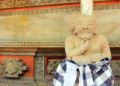 hmmm! I'm tame, I'm thinking of your offering inside a  Balinese Hindu Temple, #Batubulan #Gianyar #Bali