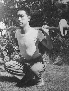 ファイル:Mishima Yukio.JPG