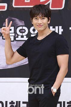 Korean Celebrities, Korean Actors, The Iron King, The Special One, Doctor Johns, Seong, Ji Sung, Kdrama, Singing
