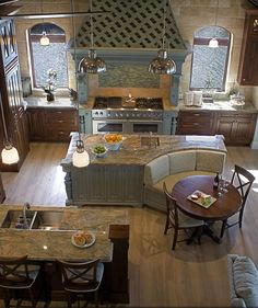 38 Gorgeous Farmhouse Kitchen Island Decor Ideas - Popy Home Kitchen Island Booth, Farmhouse Kitchen Island, Kitchen Booths, Kitchen Islands, Kitchen Cabinets, Kitchen Booth Seating, Diy Cabinets, Kitchen Island With Table, Kitchen Island With Seating