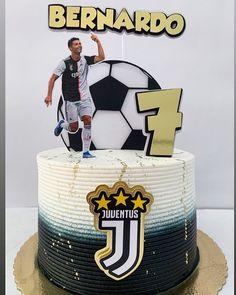 Cristiano Ronaldo, Bolo Real Madrid, Barcelona Cake, Happy Party, Sugar Art, Football Cakes, Instagram, Birthday, Happiness
