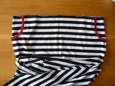 Dámské úpletové šaty s pružným pasem a kapsami | Apron, Model, Fashion, Sewing Patterns, Moda, Fashion Styles, Scale Model, Fashion Illustrations