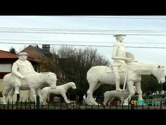 Quijotes - YouTube Lion Sculpture, Youtube, Statue, Reading, Projects, Live, Book, Sculpture, Youtube Movies