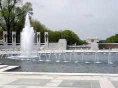 """Placed in between the Washington Monument and the Lincoln Memorial on the National Mall, the WWII Memorial honors """"Greatest Generation"""" who served to protect our freedom."""