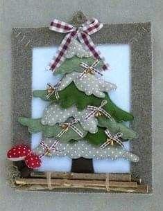 Fabric Christmas Trees, Handmade Christmas Decorations, Felt Christmas Ornaments, Xmas Decorations, Christmas Wreaths, Xmas Tree, Christmas Makes, Christmas Art, Christmas Holidays
