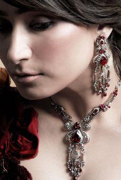 kardashian high end: Gorgeous Reema Khan New Fashion Jewelry Photoshoot