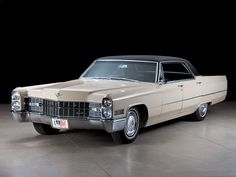 1966 Cadillac DeVille 4-door Hardtop Sedan