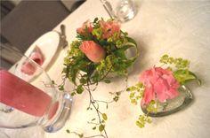 Bilderesultat for borddekorasjon bryllup runde bord blomster Baby Shower, Table Decorations, Birthday, Baptism Ideas, Party, Wedding, Home Decor, Babyshower, Valentines Day Weddings