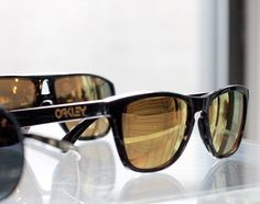 Shaun White X Oakley – Gold Collection Frogskins