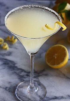Frosty Lemon Drop Martini Recipe is perfect for summer entertaining - The Hopeless Housewife