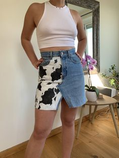 HAND MADE Vintage Levi's Jean skirt with hand painted cow print detail🐮 This pair of Levi's jeans have been up-cycled and painted with a cow print design to. Painted Jeans, Painted Clothes, Hand Painted, Printed Denim, Printed Skirts, Diy Clothes Design, Studded Denim Jacket, Handmade Skirts, Clothing Hacks