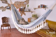 This hammock is an exceptional product, it will bring style, comfort and personality to your space.  A perfect gift for any occasion and great home decor idea for bedroom or living room. This is a handmade piece handcrafted on a manual loom in Colombia, the side skirts are a great macrame work ending with nice fringes, a lot of work, time and love.  Knitting is consider a core value for our community and is passed down trough the generations. A piece like this takes about 3 weeks on the…