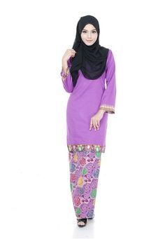 Kurung Modern Shila (Purple) from Nur Shila in Purple Kurung Modern Shila is the latest collections from NUR SHILA made of a very high quality, comfortable to wear, and very nice cotton material.- Perfect tailor made.- High quality cotton- Latest design- Suitable for all occassions ... #bajukurung #bajukurungmoden