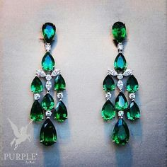Be stunned with this new emerald earrings collection by @robertocallegari via @jewellerythroughtime #purplebyanki #love #instagood #beautiful #diamond #finejewellry #highjewellry #Green #Emerald #Earrings #collection