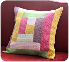 Geometric colorful crochet. Zo bouw ik een log cabin op, niet zoals die van Lucy van Attic24 ;-)