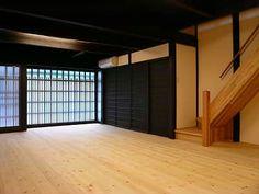 町屋リビング Japan Interior, Japanese Architecture, Interior And Exterior, Divider, Room, Furniture, Home Decor, Bedroom, Decoration Home
