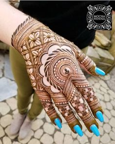 Follow us @hennaphotoshoot  DM us or Tag us to get posted or featured over here  #henna #hennafun #hennadesign #hennadesigner #hennatattoo #hennaart #hennainspiration #mehndi #like4like #iphone #jagua #mehndidesign #bridal #bride #wedding #selenagomez #festival #awesome #love #cool #hands #art #handart #artist #magic #trend #great #fashion #passion #passionforwork