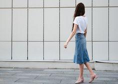 Базовая вещь для лета - джинсовая юбка до колен