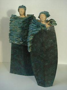 green - couple - figurative ceramic sculpture - - Diarmaid en Grianne Fredie Kok