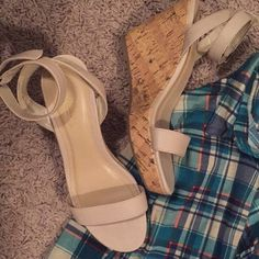 Wedges Worn a couple of times! Super cute-- Old Navy Shoes Wedges