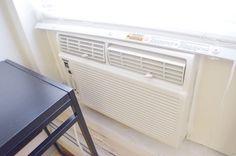 こちらはアメリカ式のエアコン!OYADOのお部屋は冷暖房付きです。