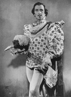Peter Cushing as Osric in Hamlet (1948)