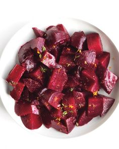 Roasted Beets with orange & thyme These sweet orange-laced beets go well with arugula and goat cheese salad or a roast beef dinner. Thyme Recipes, Beet Recipes, Whole Food Recipes, Vegetarian Recipes, Cooking Recipes, Primal Recipes, Freezer Cooking, Side Recipes, Quick Recipes