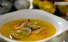 Te explicamos paso a paso, de manera sencilla, la elaboración de la receta de sopa de marisco. Ingredientes, tiempo de elaboración Dairy Free Recipes, Great Recipes, Favorite Recipes, Gluten Free, Seafood Dishes, Fish And Seafood, Seafood Bisque, Peruvian Recipes, Apple Crisp Recipes