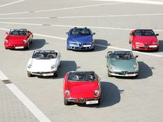 gasinblood:  Alfa Romeo Spider heritage by Auto Clasico on Flickr.