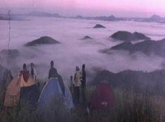 Traveluxion: Pesona Lautan Awan  Tempat Wisata Bukit Jamur  Ben...