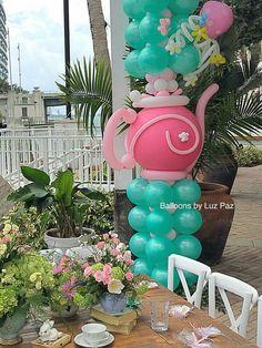 Pin de Ana Victoria en Proyectos que debo intentar Balloon Columns, Balloon Arch, Balloon Garland, Balloon Flowers, Paper Flowers Diy, Columns Decor, Photos Booth, Deco Originale, Festa Party