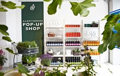 """Pop-up Shop. 