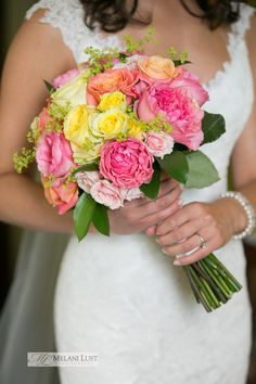 ©MelaniLustPhotography, colorful bouquet pink, orange and yellow bridal bride bouquet
