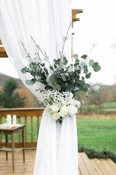 Barn of white oaks. Post P … - Mountain Wedding Ideas Floral Wedding, Wedding Bouquets, Rustic Wedding, Wedding Flowers, Wedding White, Post Wedding, Wedding Ideas, Budget Wedding, Summer Wedding