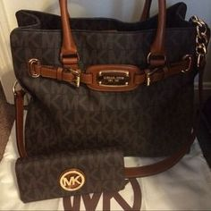 I just discovered this while shopping on Poshmark: BEAUTIFUL NWOT LARGE MICHAEL KORS HAMILTON. Check it out!  Size: Large