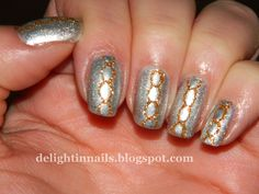 Delight in Nails: 10 Day Holiday Nail Art Challenge - Day 1 - Silver and Gold