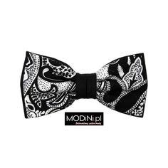 Czarna mucha w biały wzór. Poznaj unikatową kolekcję mody męskiej dostępnej w Modini.pl. Najwyższa jakość, okazyjne ceny
