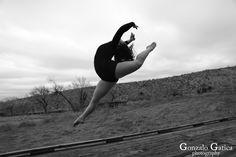 https://flic.kr/p/QSos4i | Hattie Burton | #HattieBurton #Dancer #LasVegas #Vegas #CalicoBasin #BAndW #Photogaphy #GonzaloGaticaPhotography #Bailarina #Canon5DMarkIV