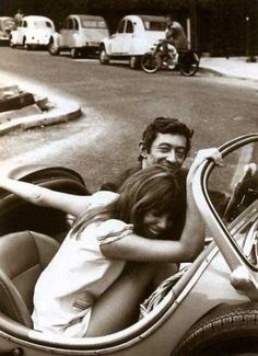 Jane Birkin and Serge Gainsbourg. Black and white photography. Serge Gainsbourg, Gainsbourg Birkin, Charlotte Gainsbourg, Jane Birkin, Forever, Agent Provocateur, Brigitte Bardot, Cute Couples, Love Story