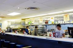 Beautys Luncheonette Montreal 1942 Plateau Mont Royal Must Eat Beautys Special Smoked Salmon Lox Cream Cheese Bagel St Viateur Breakfast Brunch iconic diner Breakfast Diner, Breakfast Bagel, Lox And Bagels, Cheese Bagels, Salmon Lox, Montreal Quebec, Food Travel, Food Blogs, Canada Travel