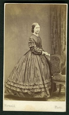CDV - VICTORIAN LADY in CRINOLINE DRESS - Photographer WORMALD of LEEDS