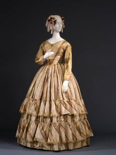 Robe de soirée en taffetas en soie, ca.1845-48