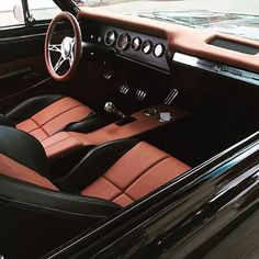 The Hog Ring 1965 Chevy Chevelle #BecauseSS custom brown and black console dash pad interior by @aveescustomupholstery