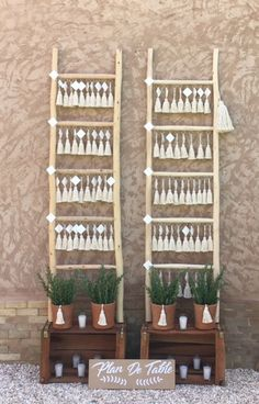 tassel and wood seatting plan for a boho wedding in marrakech candles, rosemary, plan de table bohem Wedding Trends, Wedding Styles, Boho Wedding Decorations, Table Decorations, Wedding Table Seating, Simple Centerpieces, Candle Centerpieces, Centerpiece Ideas, Seating Charts
