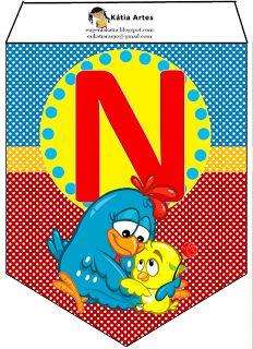 Oh my Alfabetos!: Banderines de la Gallinita Pintadita en fondo azul y rojo con lunares.