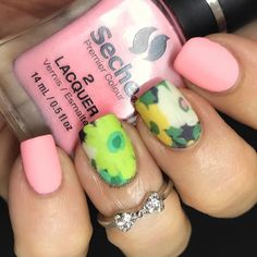 """129 Likes, 15 Comments - Jennifer (@4luvofnailart) on Instagram: """"Spring nails for #glamnailschallengemarch I ran across this technique and had to try it. These were…"""""""