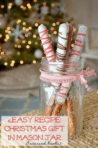 Easy Recipe Christmas Gift in a Mason Jar BarnsandNoodles