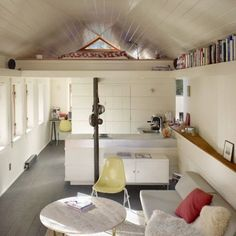 The appropriately named SHED Architecture and Design has done a lovely garage conversion into a 300 square foot studio apartment in a Seattle backyard. Studio Apartment Layout, Apartment Design, Apartment Living, Apartment Ideas, Living Room, Apartment Therapy, Apartment Backyard, Garage Apartments, Cool Apartments