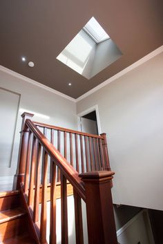 This unique skylight diy is undeniably an amazing style alternative. - This unique skylight diy is undeniably an amazing style alternative. Flat Roof Skylights, Skylight Blinds, Skylight Design, Solar, Wooden Stairs, Roof Light, Home Upgrades, Bedroom Loft, Home Reno