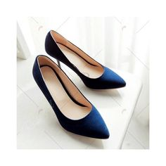Point Toe Suede Pumps (€25) via Polyvore featuring shoes, pumps, suede leather shoes, pointy toe shoes, suede shoes, pointy-toe pumps e suede pointy toe pumps